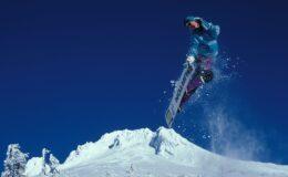 Flyvehop på snowboard